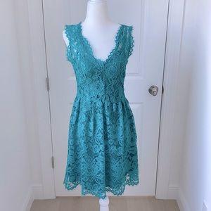 MADISON MARCUS Lace dress